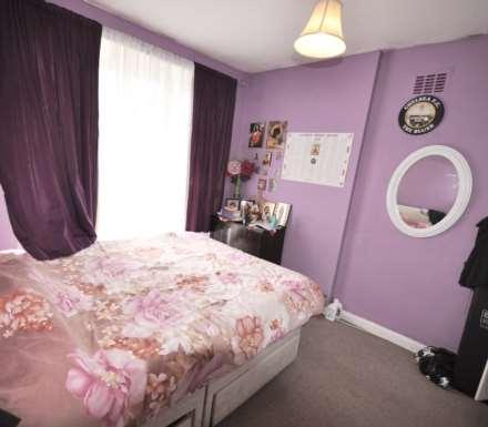 3 Bedroom House, Henry Road, E6