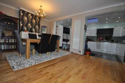 3 Bedroom House, Denham Drive, Gants hill, IG2