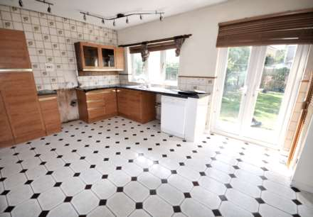 Property To Rent Stratton Drive, Barking, Barking