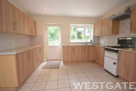 5 Bedroom Terrace, Wykeham Road, Reading