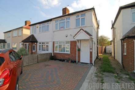 3 Bedroom Semi-Detached, Norwood Gardens, Hayes
