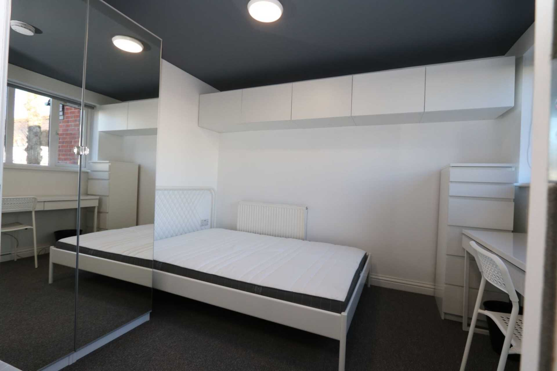 Spon End - 3 bedroom 3 bathroom, student home fully furnished, WIFI & bills included - NO FEES, Image 7