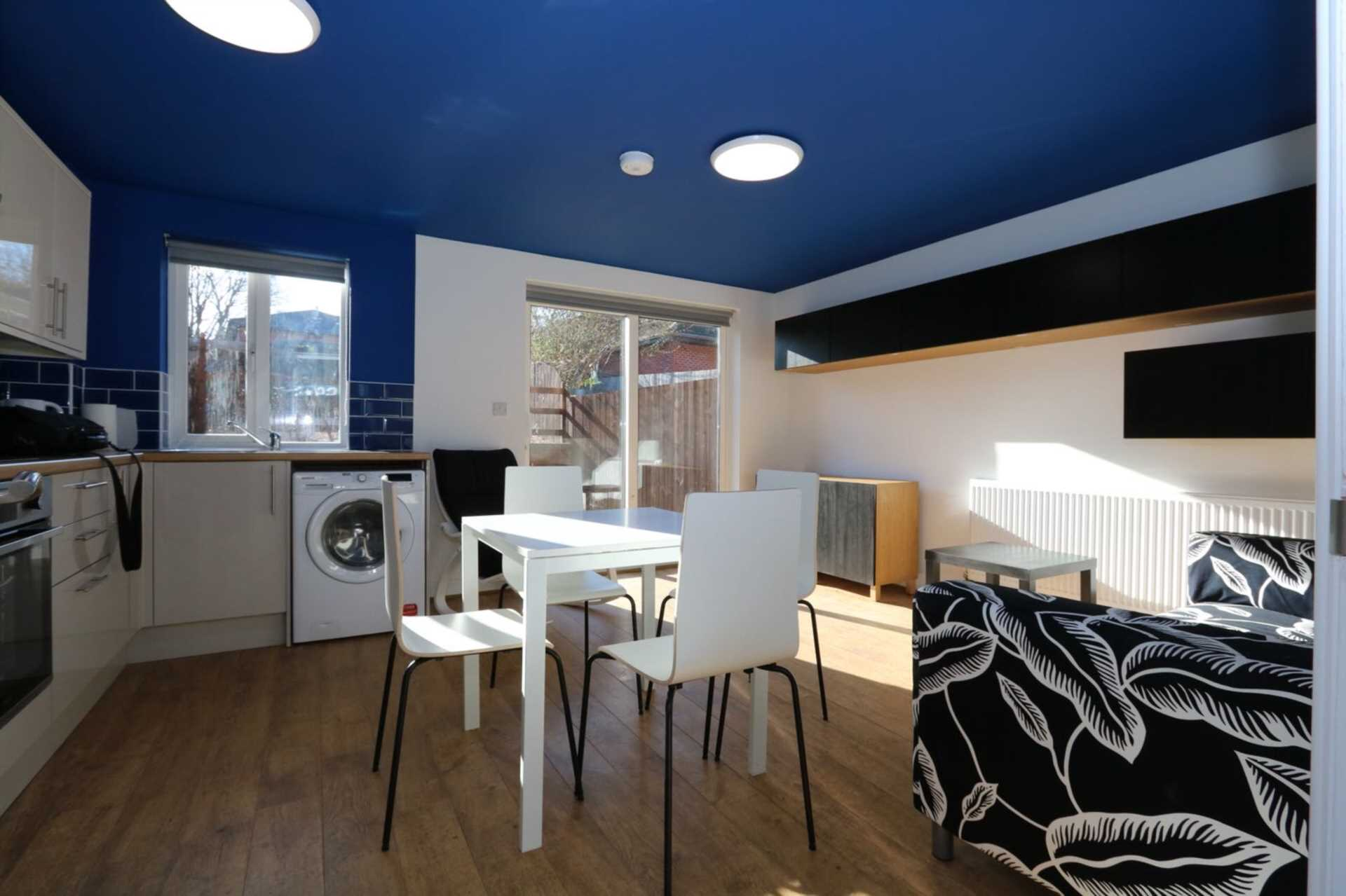 Spon End - 3 bedroom 3 bathroom, student home fully furnished, WIFI & bills included - NO FEES, Image 8