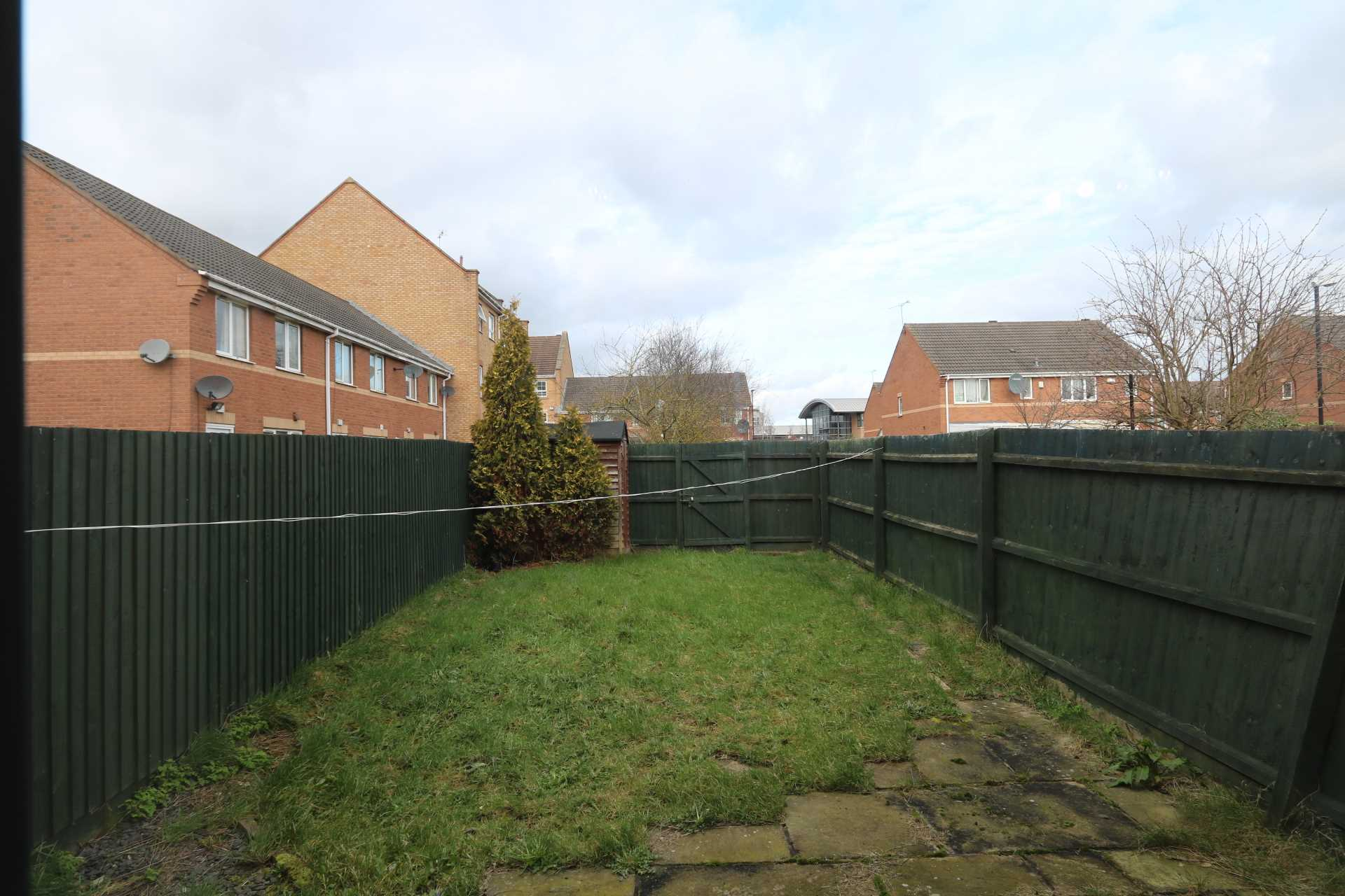 Perchfoot Close - 3 bedroom student home fully furnished, WIFI & bills included - NO FEES, Image 2