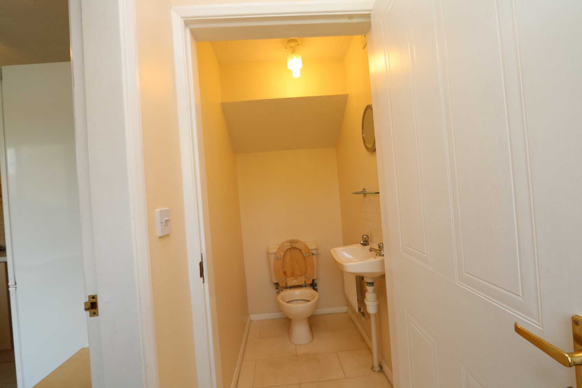 Perchfoot Close - 3 bedroom student home fully furnished, WIFI & bills included - NO FEES, Image 5