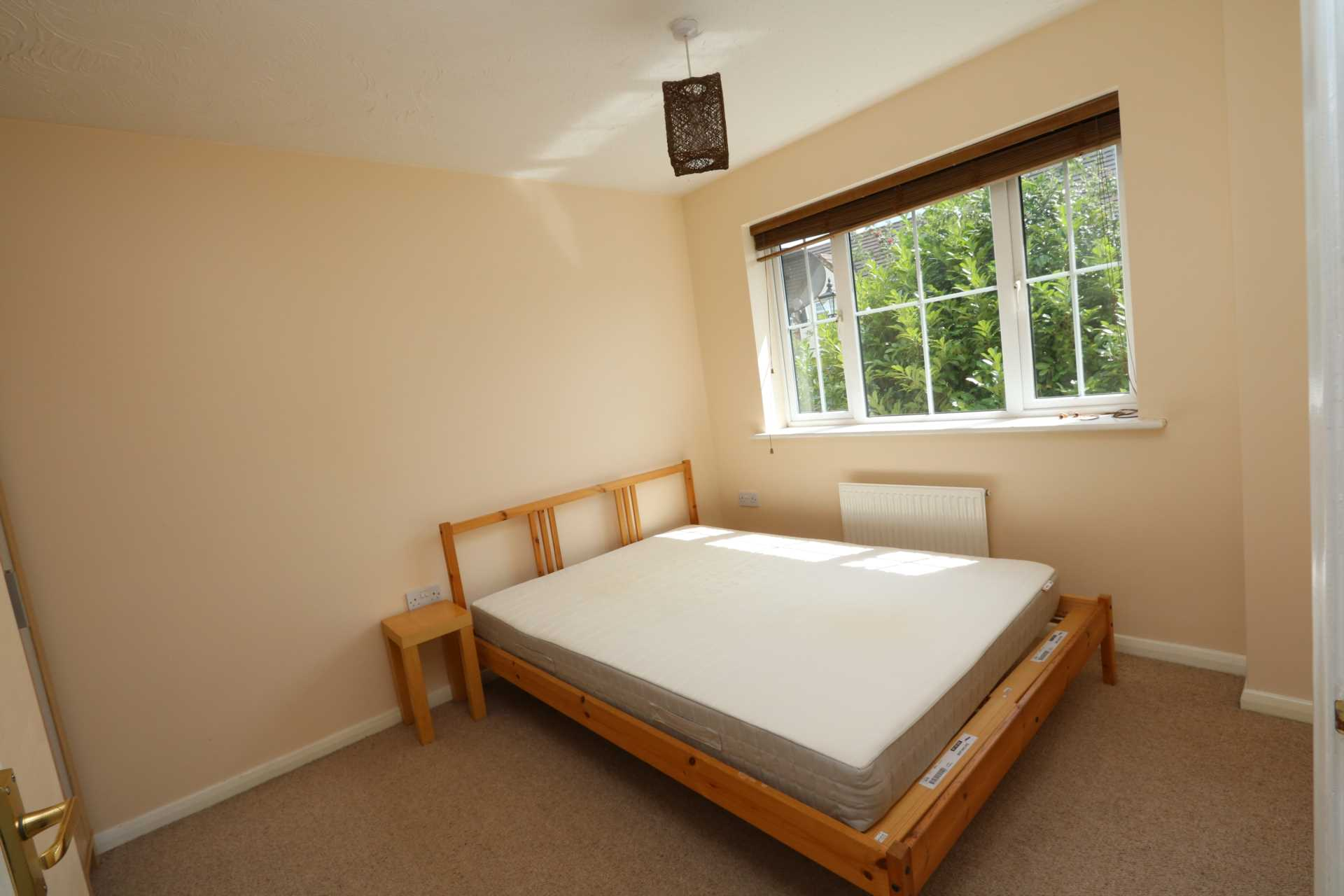 Perchfoot Close - 3 bedroom student home fully furnished, WIFI & bills included - NO FEES, Image 9