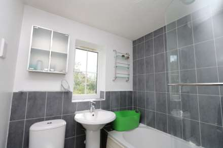 Perchfoot Close - 3 bedroom student home fully furnished, WIFI & bills included - NO FEES, Image 10