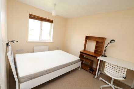 Perchfoot Close - 3 bedroom student home fully furnished, WIFI & bills included - NO FEES, Image 8