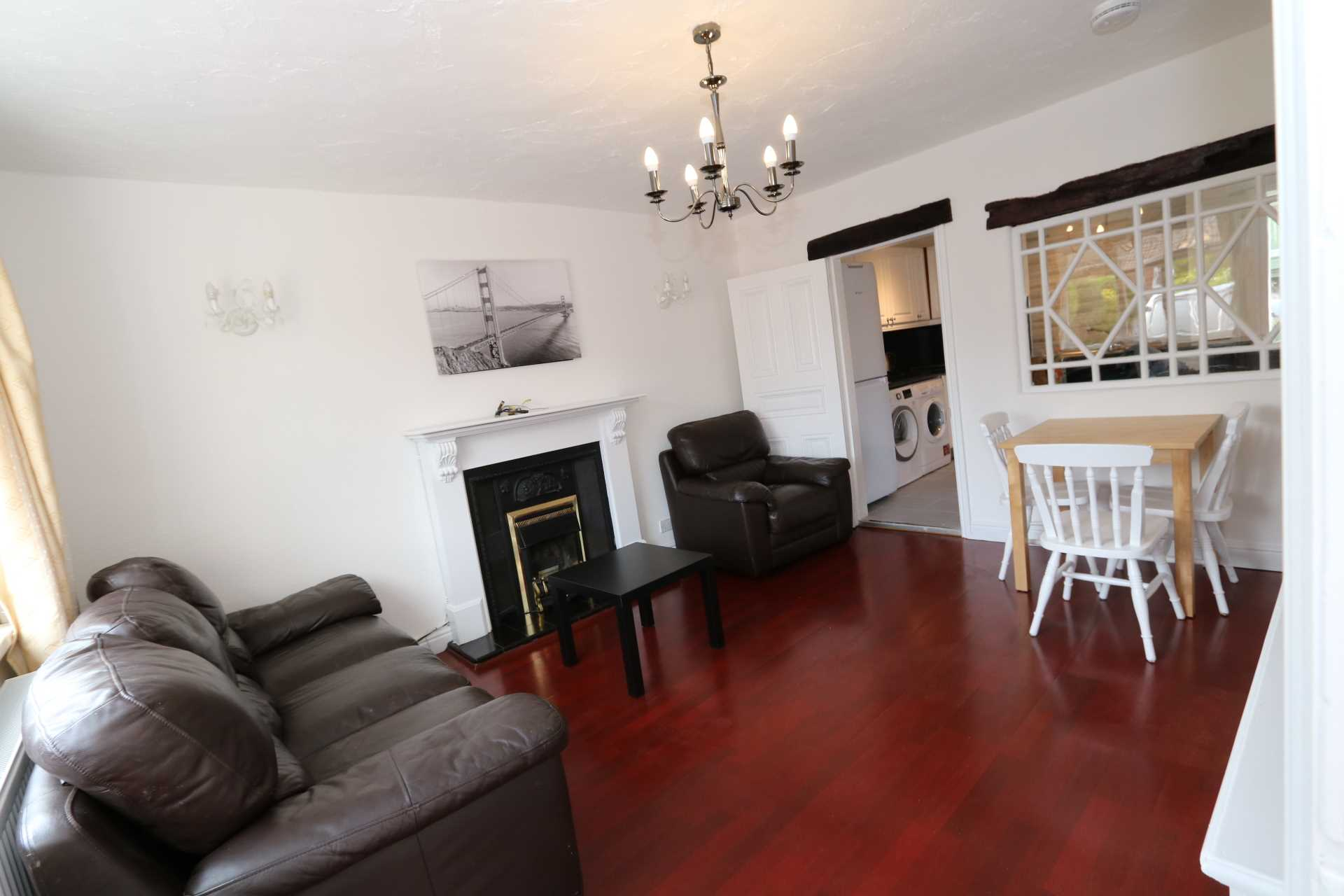 Cornwall Road - 4 bedroom student home fully furnished, WIFI & bills included - NO FEES, Image 5