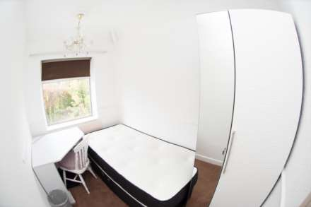 Cornwall Road - 4 bedroom student home fully furnished, WIFI & bills included - NO FEES, Image 9