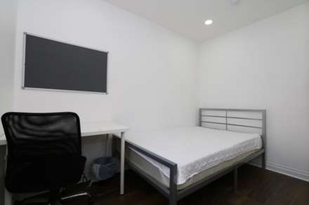 Room 1, Landsdown Street - 4 bedroom 4 bathroom, student home fully furnished, WIFI & bills included - NO FEES, Image 1