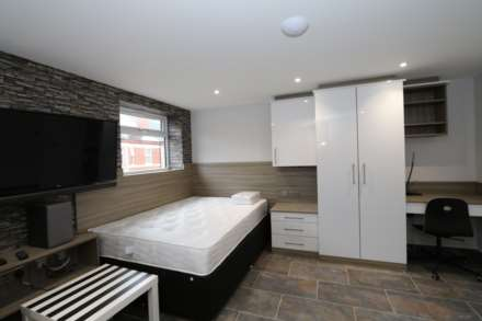 1 Bedroom Studio, Gulson Lodge Studio 2 - Gulson Road, Coventry