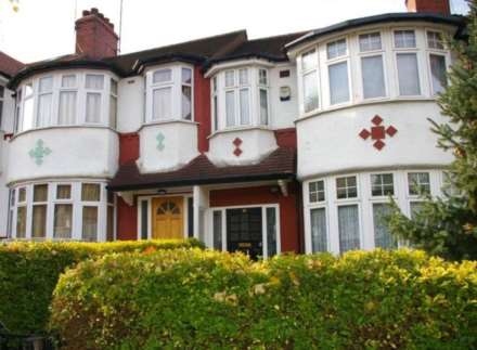 Cleveley Crescent, Hanger Lane, Image 1
