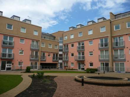 2 Bedroom Apartment, Wooldridge Close, Feltham