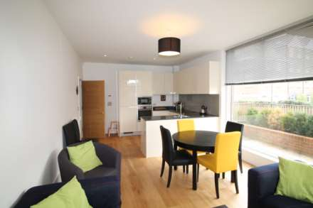 2 Bedroom Apartment, Halyards Court, Durham Wharf Drive