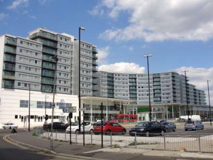 2 Bedroom Apartment, Prince Regent Road, Hounslow